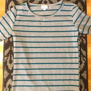 Lularoe Gigi Shirt size S
